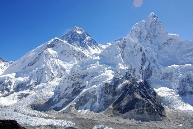 Everest, Lhotse, Nuptse (fot. www.mountainsoftravelphotos.com)