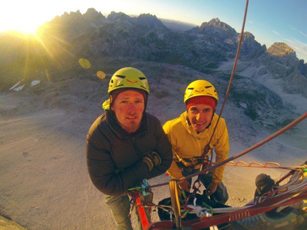Zespół na drodze (fot. Alpine Wall Tour)