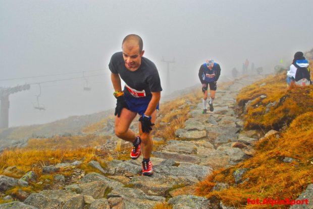 Łatwo nie jest... (fot. Alpin Sport)