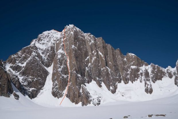 Lost in China (ED, WI 5+, M6, 1200 m), Kyzyl Asker, Chiny