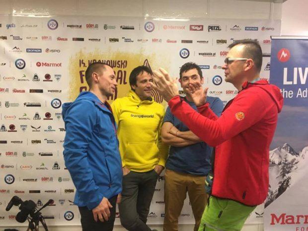 Alex Txikon (to ten w żółtej bluzie) czuje się w Polsce coraz lepiej (fot. Adam Kokot / KFG)