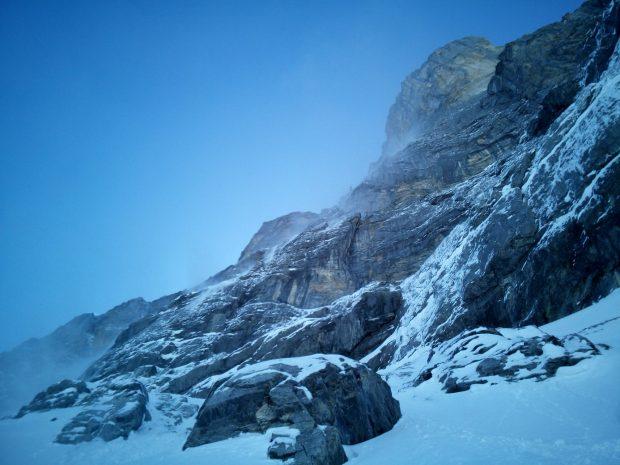 Pyłówki w ścianie Eigeru