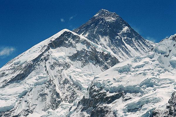 Mount Everest od południowego zachodu (fot. Krzysztof Wielicki)