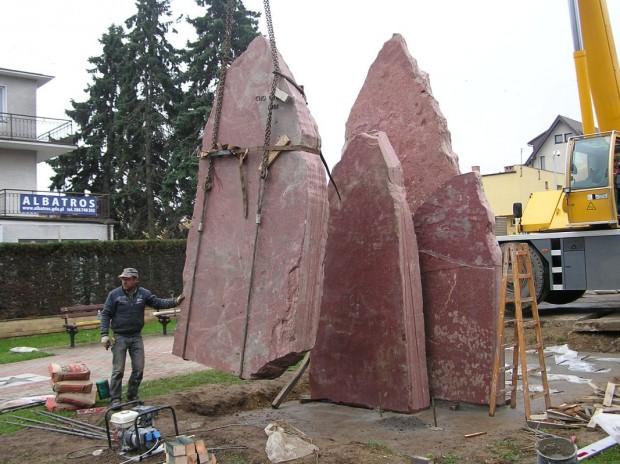 """Montaż """"Korony Himalajów"""", 7 kwietnia 2014 (fot. Marzena Bruzdowicz)"""