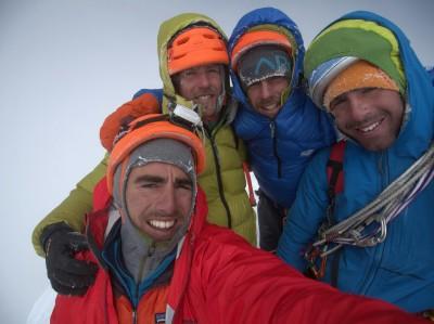 Ekipa na szczycie Siula Chico (fot. httpfreddegoulet.blogspot.fr)