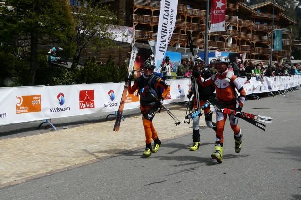 KS Kandahar Team finiszuje w Verbier (fot. Marcin Zwoliński / KS Kandahar)