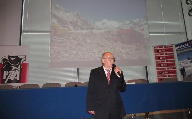 Janusz Majer otwiera konferencję (fot. Janusz Kurczab)
