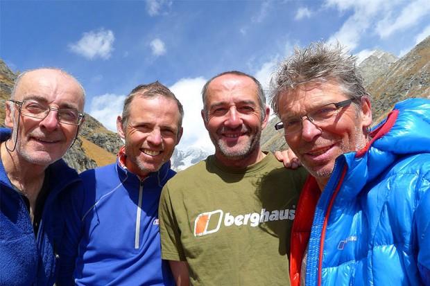 Wyprawa na Hagshu w komplecie. Od lewej Steve Burns, Ian Cartwright, Paul Ramsden i Mike Fowler (fot. Mike Fowler)