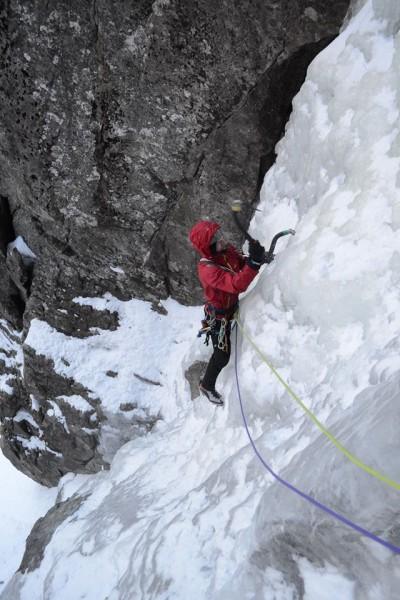 Lodospad na Zachradkach wspina się Przemek Baran (fot. Damian Bielecki)