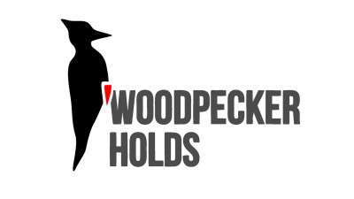 woodpecker-holds-logo