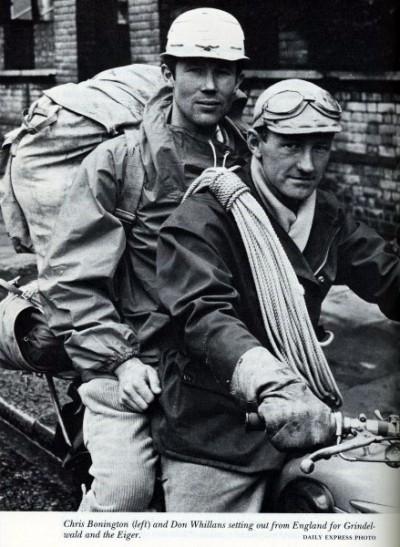 Chris Bonington (z lewej) oraz Don Whillans wyruszają w podróż do Grindelwaldu aby zmierzyć się z północną ścianą Eigeru (fot. arch. Daily Express Photo)