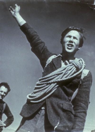 Chris Bonington na swojej pierwszej wspinaczce w życiu (fot. Chris Bonington Picture Library)