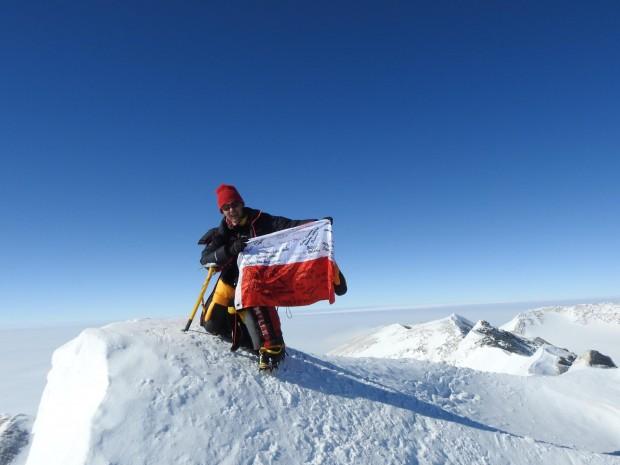 Monika Witkowska na szczycie Mt. Vinson