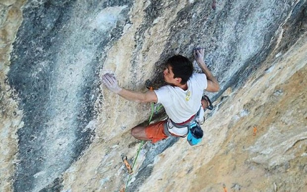 "Piotr Schab na ""Papichulo"" 9a+ (fot. Matty Hong)"