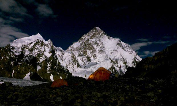 K2 nocą (fot. Kacper Tekieli)
