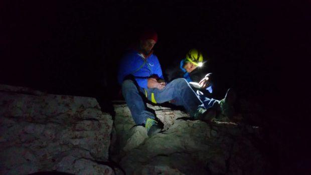 Wpis do książki szczytowej (fot. Alpine Wall Tour)
