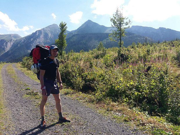 Tadek na Zdziarskiej Przełęczy - punkt początkowy (fot. Róża Paszkowska)