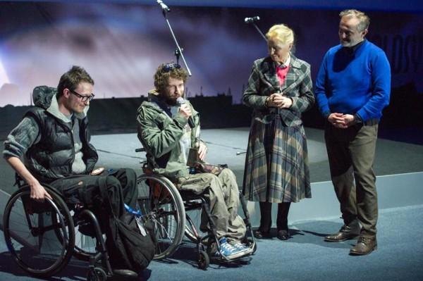 Od lewej: Michał Woroch, Maciej Kamiński, Anna Milewska i Wojciech Szczurek - przyznanie Nagrody im. Andrzeja Zawady 2015 (fot. Kolosy)