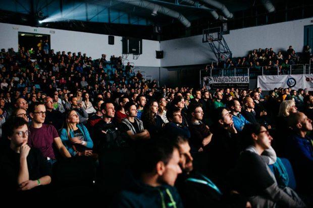 Chodzą słuchy, że na dzisiejsze płatne pokazy zabrakło już biletów karnetów... (fot. Adam kokot / KFG)