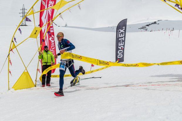 Karl Egloff na mecie Red Fox Elbrus Race