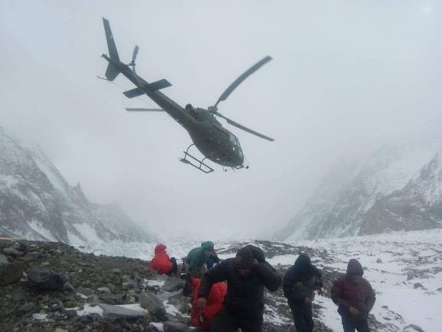 Podjęcie ratowników z bazy pod K2, 27.01.2018