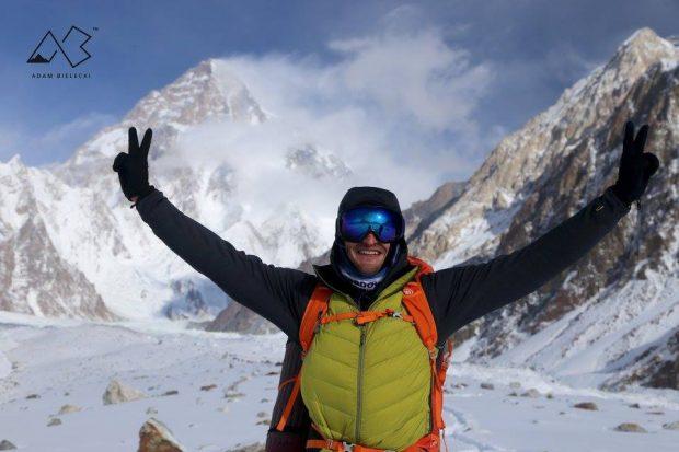 Adam Bielecki podczas trekkingu do bazy pod K2