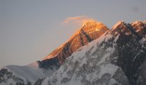 Mount Everest (fot. Alpenglow)