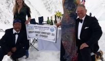 Jane Chynoweth, Sidar Nima, Sadie Whitelocks and Neil Loughton, czyli World's Highest Dinner Party
