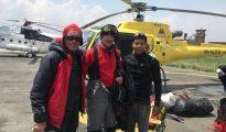 Lech i Wojciech Flaczyńscy na lotnisku Tribhuvan