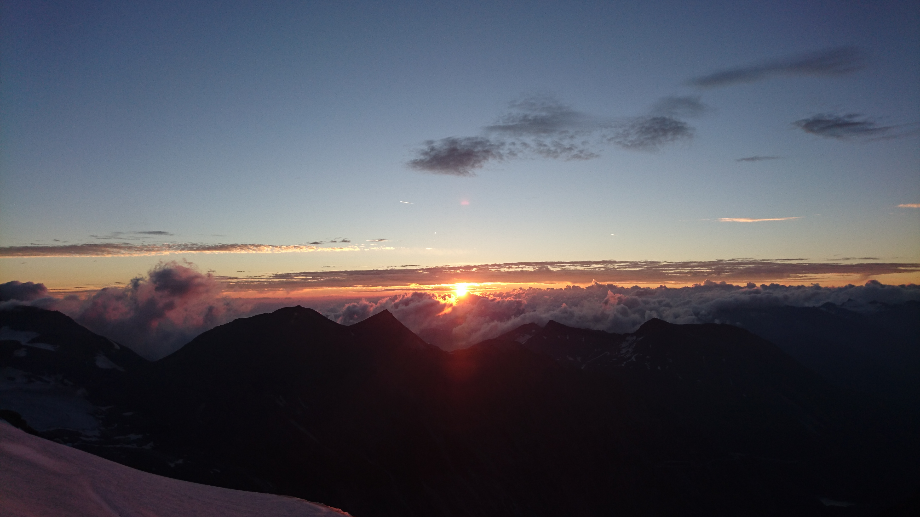 sunrise under grossglockner