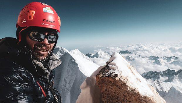 Dmitrij Gołowczenko na wysokości powyżej 7300 m (fot. Siergiej Niłow)