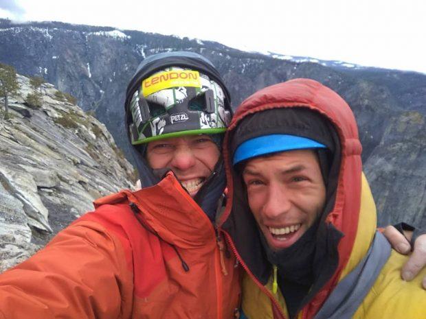 Ondra Beneš i Ian Fascendini na szczycie El Capitana (fot. FB Ondra Beneš)