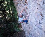 Jamie Logan na 5.12b (fot. Cedar Wright)
