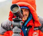Andrzej Bargiel - w nadziei na otwarcie się drogi na Mount Everest