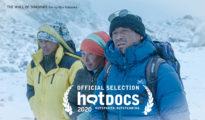 """""""Ściana cieni"""" w konkursie Hot Docs"""