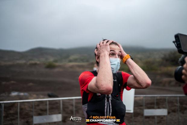 Bartłomiej Przedwojewski na mecie finałowego etapu Golden Trail Championship