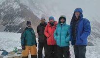 John Snorii i ekipa w bazie pod K2