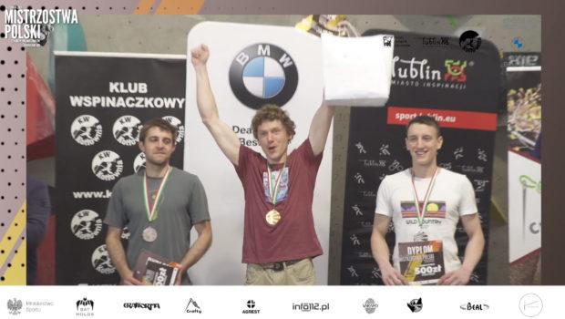 Męskie podium Mistrzostw Polski w boulderingu 2021