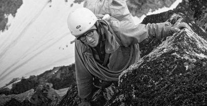 David RDavid Robets, Alaska Range 1967, Revelation Mountains, próba 1. wejścia na Angel, szczyt zdobyto w 1985 (fot. Matt Hale, źródło Boston Globe)oberts, Alaska, 1967 (fot. Matt Hale)