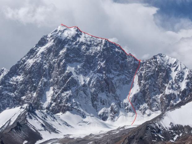 Koroliewa 5816 m (fot. FB Kirill Belotserkovskiy)
